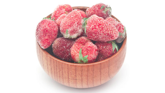 frozen strawberries_TS_492447483