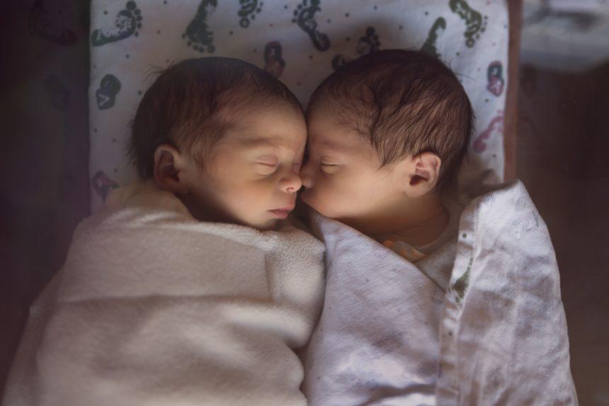 Newborn twins, infants